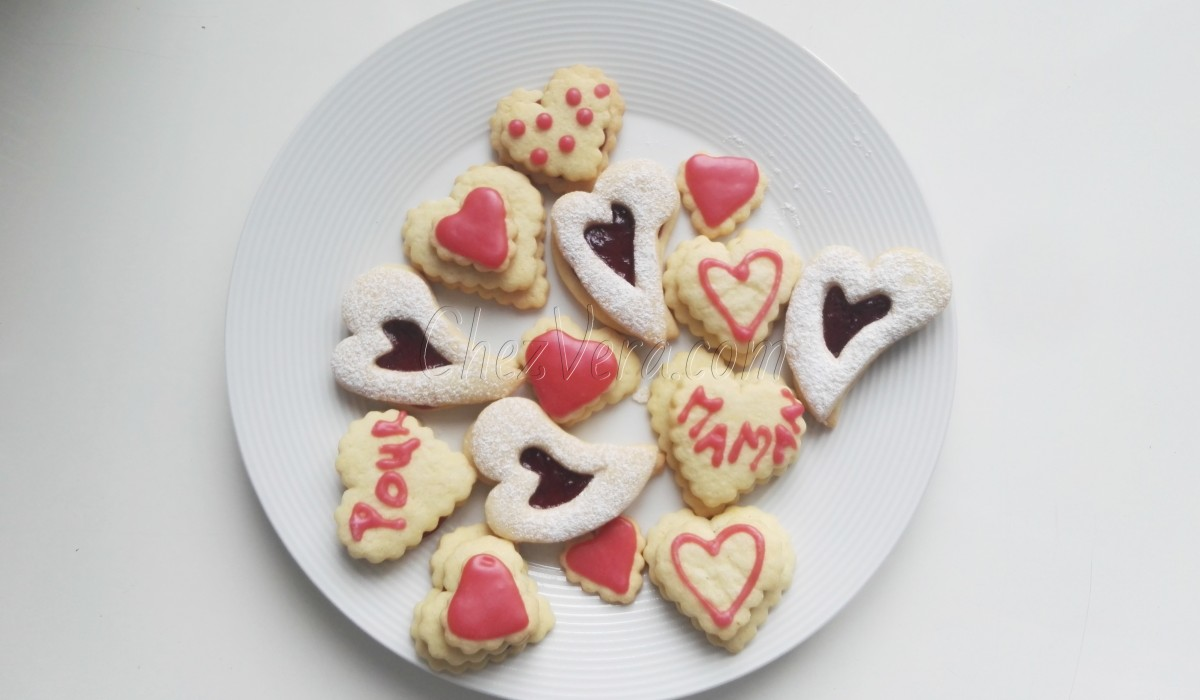 Heart-shaped biscuits with jam for my darling mum