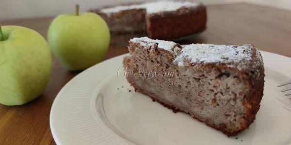 Chestnut flour and apple cake