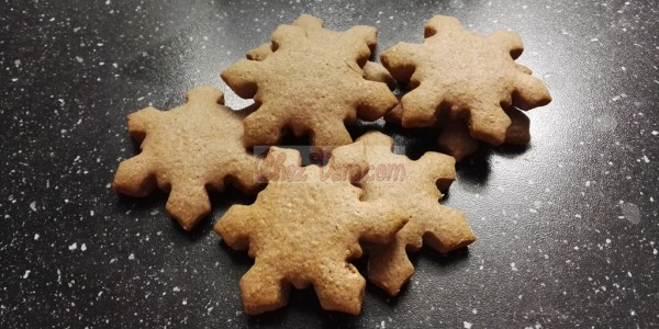 Fluffy gingerbread cookies