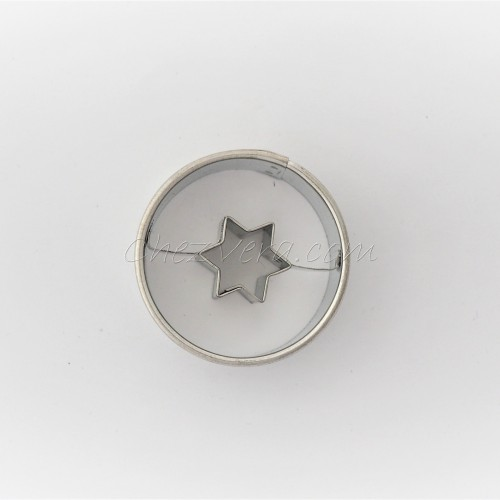 Linzer Cookie Cutter – Circle with Star