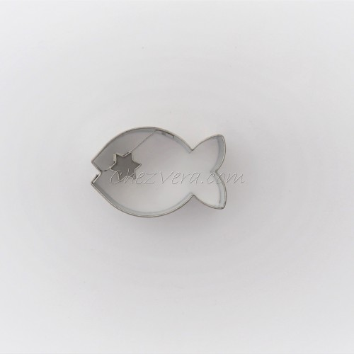 Linzer Cookie Cutter – Fish with Star