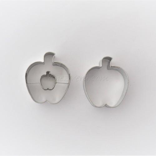 Linzer Cookie Cutters Set – Apple