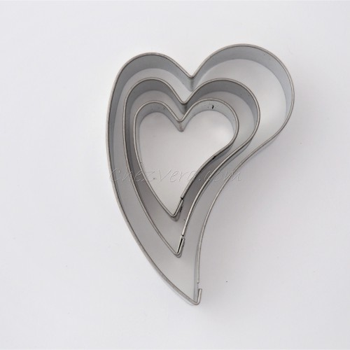 Ausstechformen Set Herzen – schief (3 Stücke)