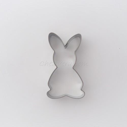 Bunny standing IV