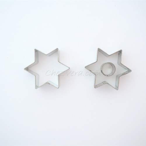 Linzer Cookie Cutters Set – Star with Circle (small)