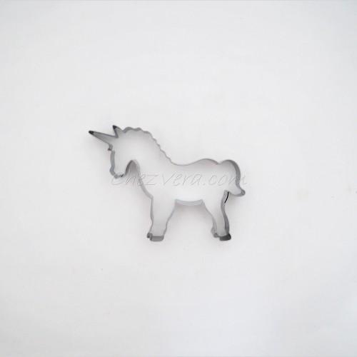 Unicorn –  large