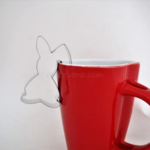Bunny standing – on a mug