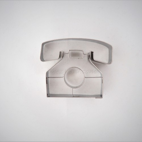 Cookie Cutter Telephone
