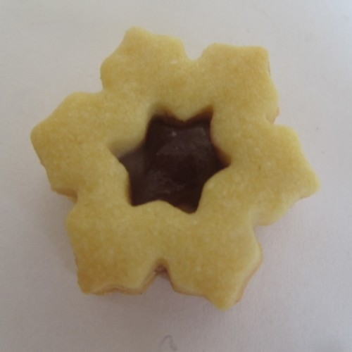 Linzer Cookie Cutter – Snowflake II with Star