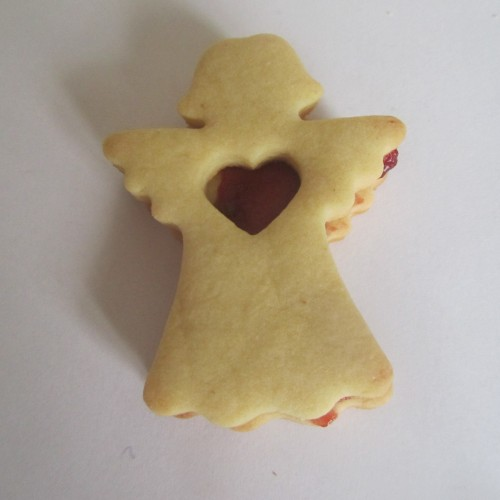 Linzer Cookie Cutter – Angel with Heart