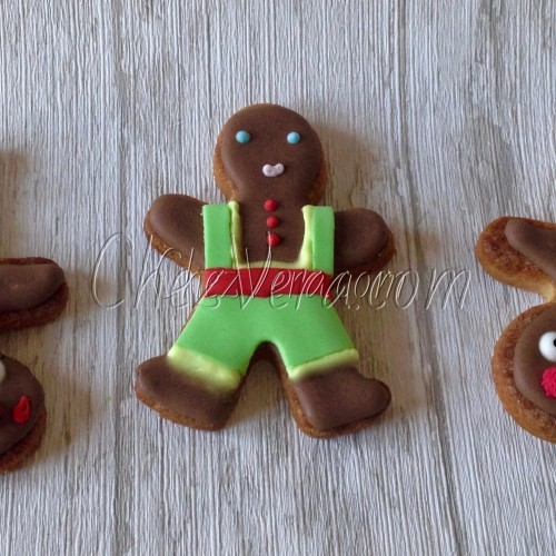 Cookie Cutter Gingerbread Man – small