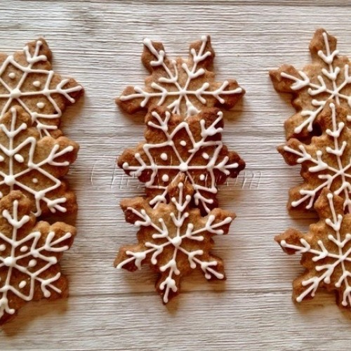 Cookie Cutter Snowflake – large