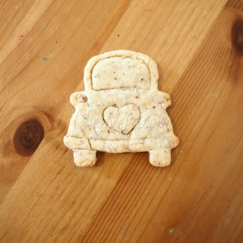 Cookie Cutter Wedding Car